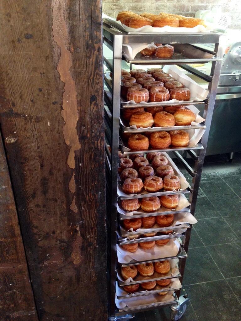 CRONUTS BREWTOWN NEWTOWN FOOD PORN DESSERT