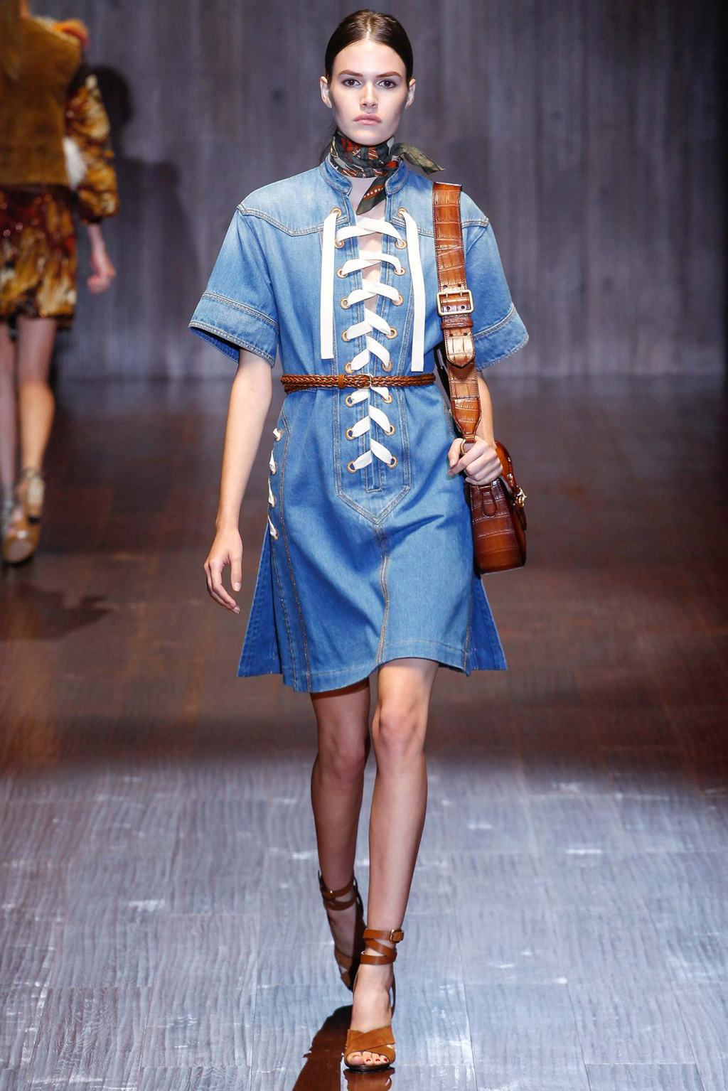 GUCCI DOUBLE DENIM Fashion Week Spring Summer 2015 MODEL CATWALK